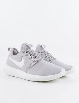 Nike Roshe Two light