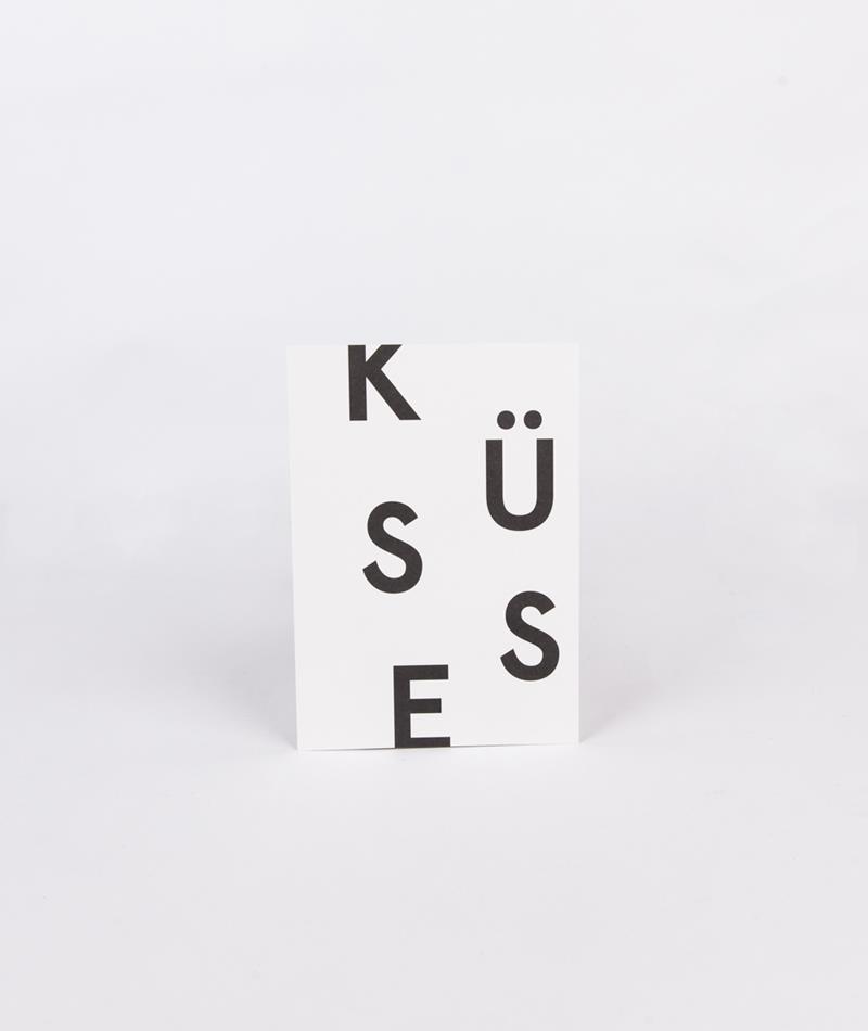 KAUF DICH GLÜCKLICH Postkarte Küsse