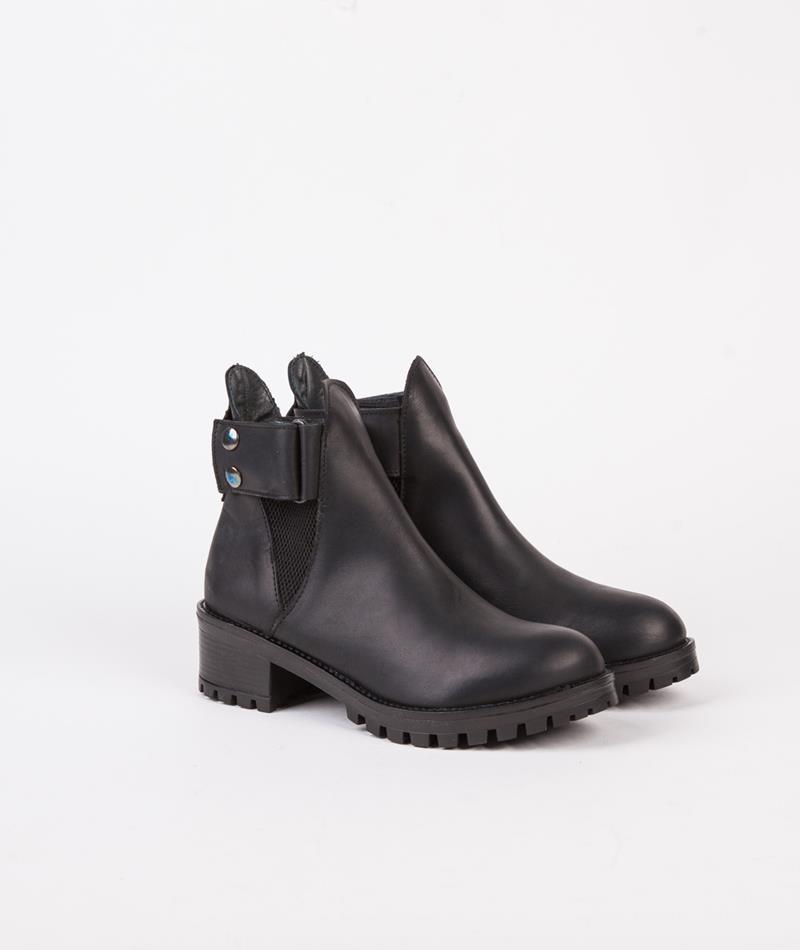 SHOESHIBAR Kim Stiefel black leather