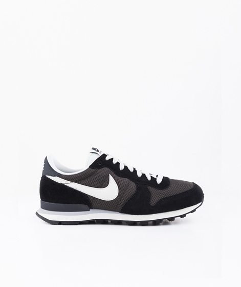 NIKE Internationalist Sneaker black