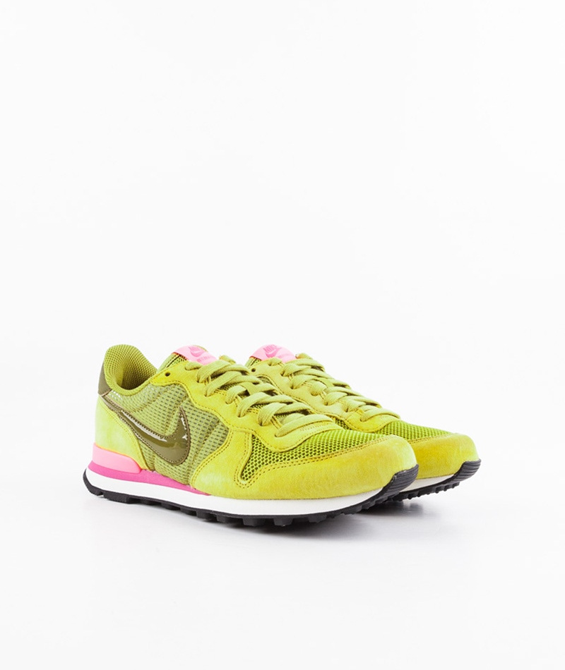 NIKE WMNS Internationalist pt mss/olv