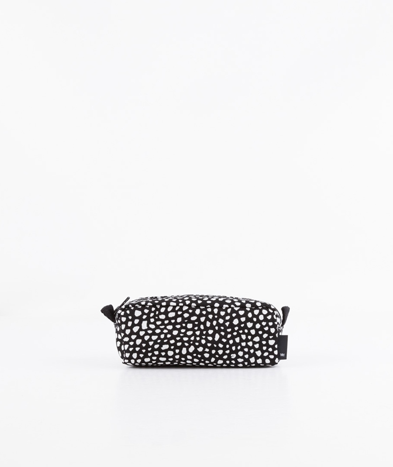 HAY Dot Wash Bag black