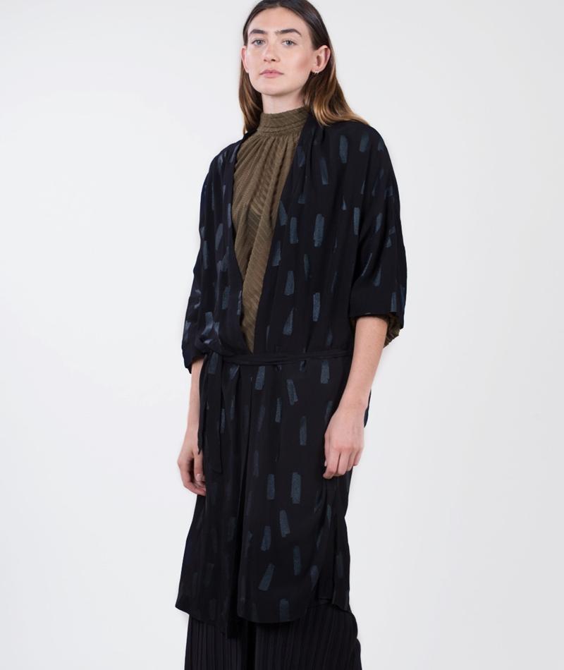 JUST FEMALE Foil Kimono black foil aop