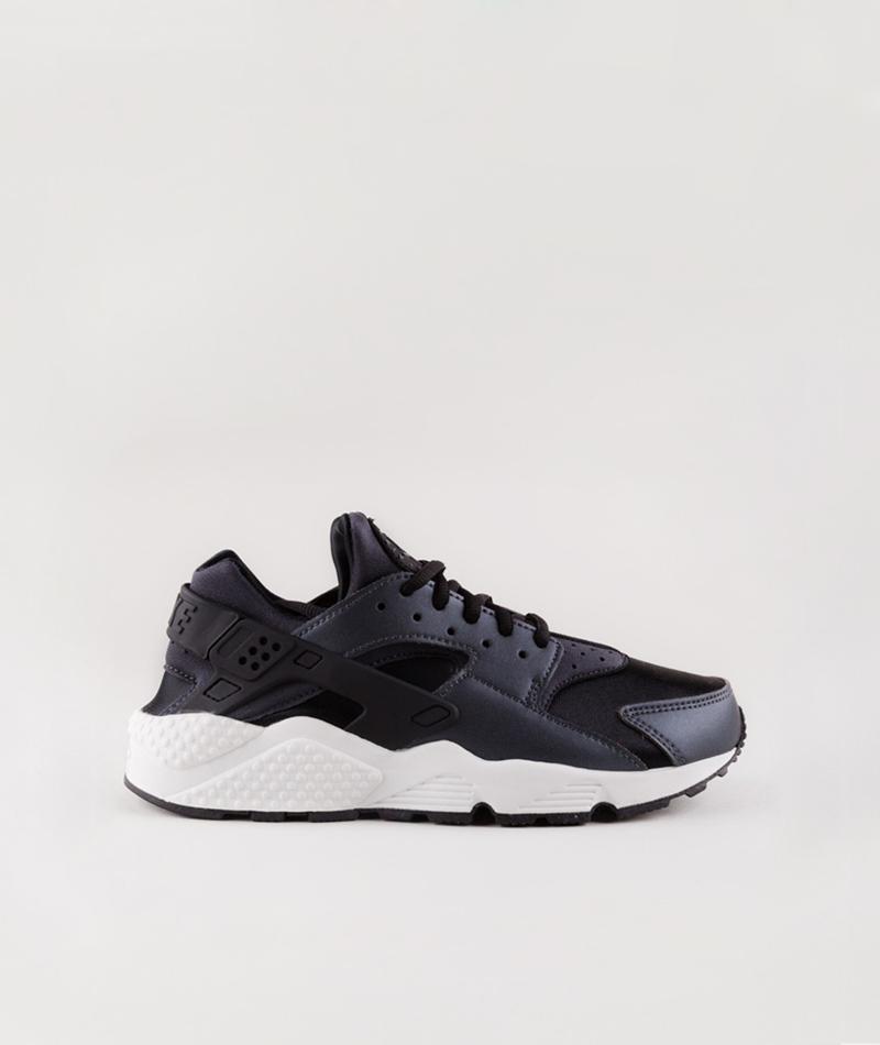NIKE Air Huarache Run SE Sneaker black