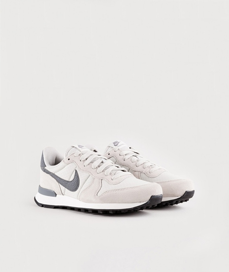 NIKE WMNS Internationalist Sneaker