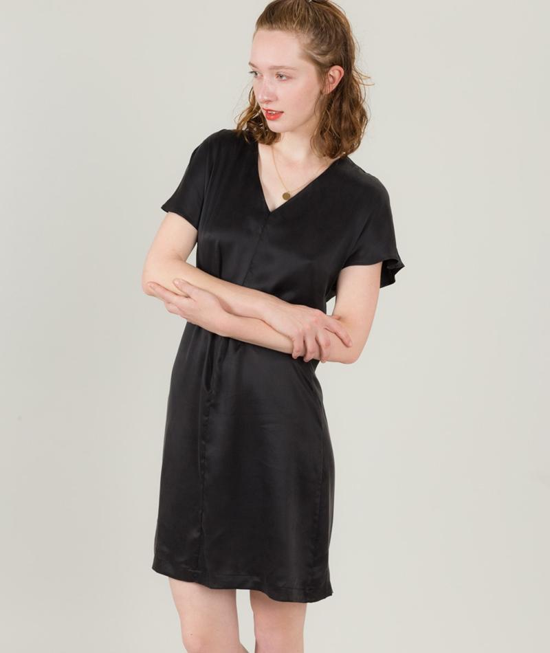 POP CPH Sand-Washed Silk Kleid black