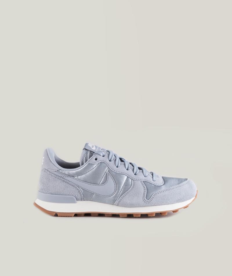 NIKE Internationalist Sneaker wolf grey