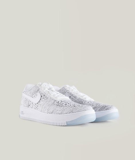 NIKE Flyknit low Sneaker white-black