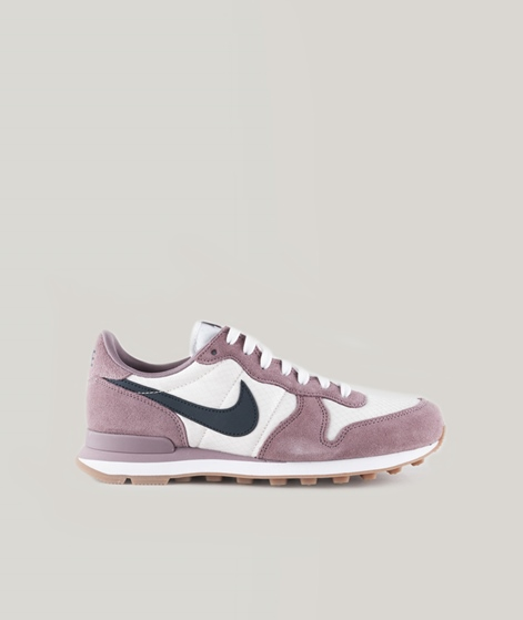 NIKE Internationalist Sneaker taupe grey