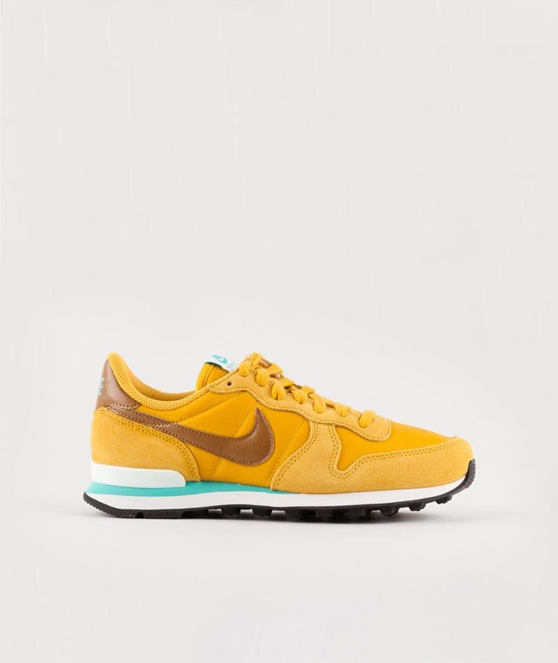 NIKE Internationalist Sneaker gelb