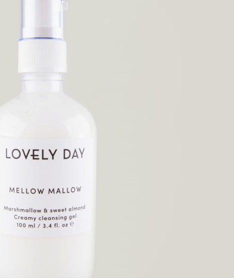 LOVELY DAY Mellow Mallow Cleansing Gel