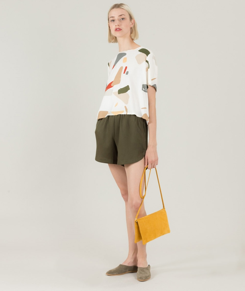 NATIVE YOUTH Esker Dolphin Shorts olive