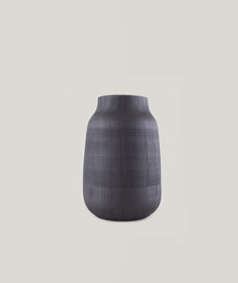 HOUSE DOCTOR Vase Groove black klein