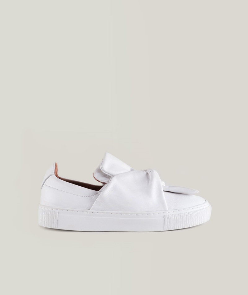 PAVEMENT Ava Loop Schuh white
