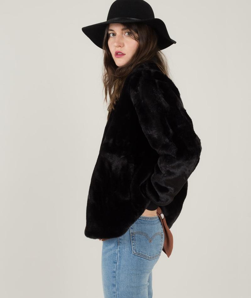JUST FEMALE Carol Fake Fur Jacke black