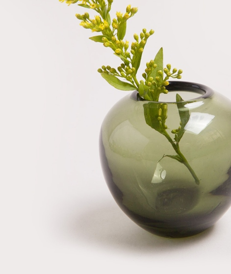 MADAM STOLTZ Round Vase green