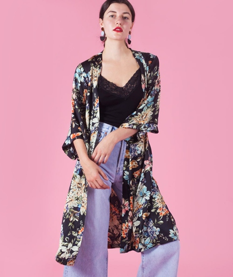 MOVES BY MINIMUM Briska Kimono flowers