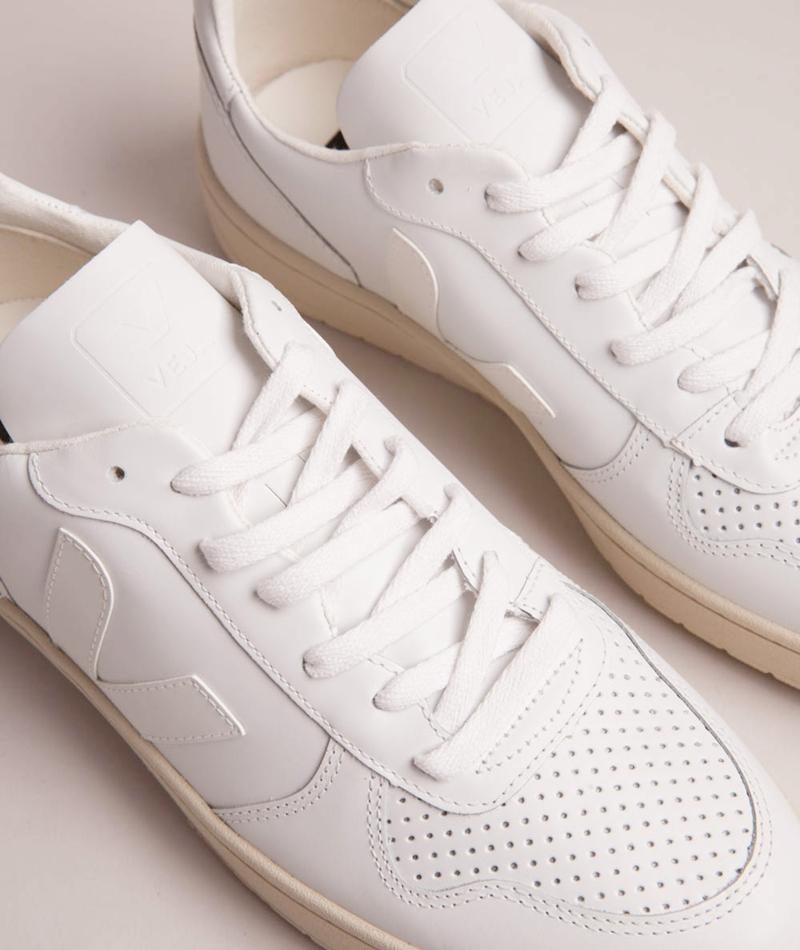 VEJA V 10 Leather Sneaker extra white 47625