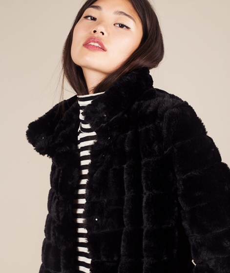 VILA Vifarry Faux Fur Jacket black