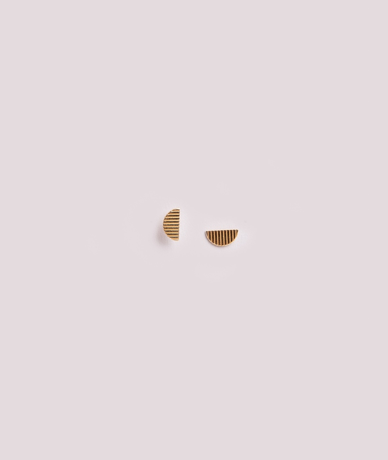 JUKSEREI Vibe Ear Stud gold plated