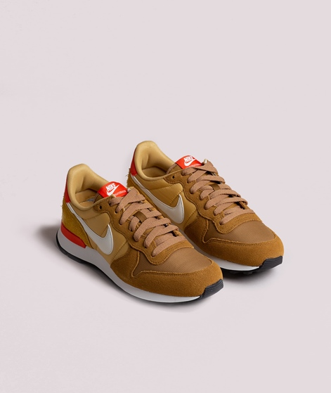 NIKE Internationalist Sneaker muted bron