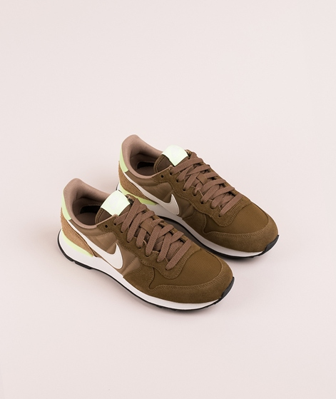 NIKE WMNS Internationalist Sneaker yukon