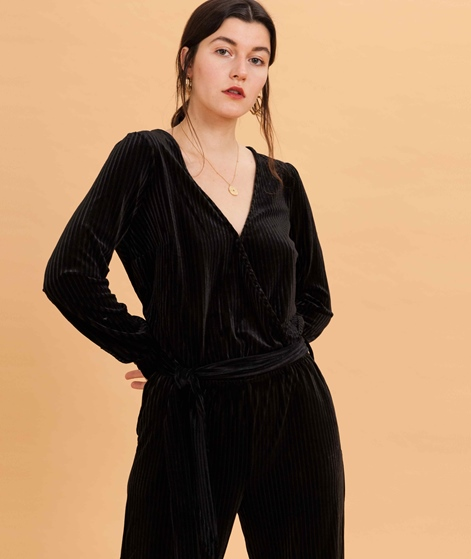 ANOTHER LABEL Pache Velvet Jumpsuit blac