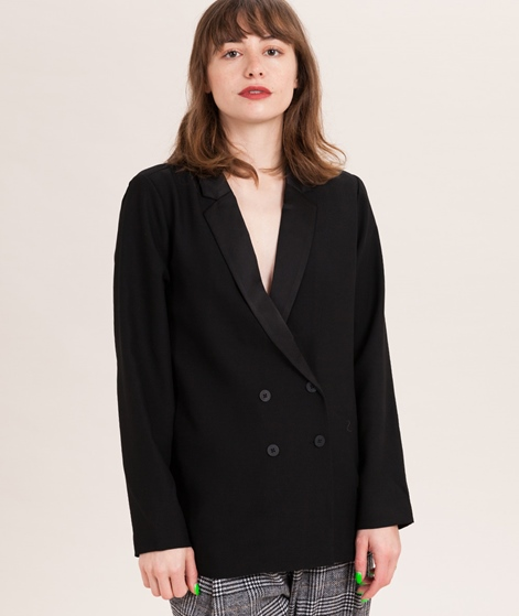 SECOND FEMALE Alia Blazer black