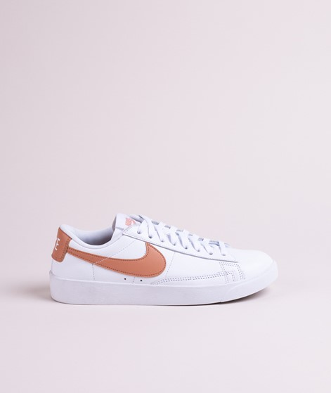 NIKE W Blazer Low Le Sneaker white/rose