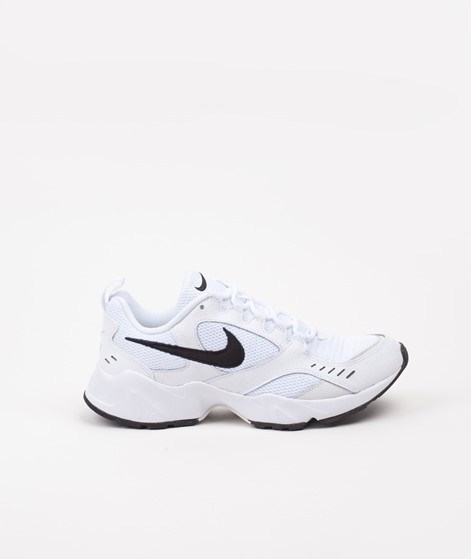 NIKE Air Heights Sneaker white black