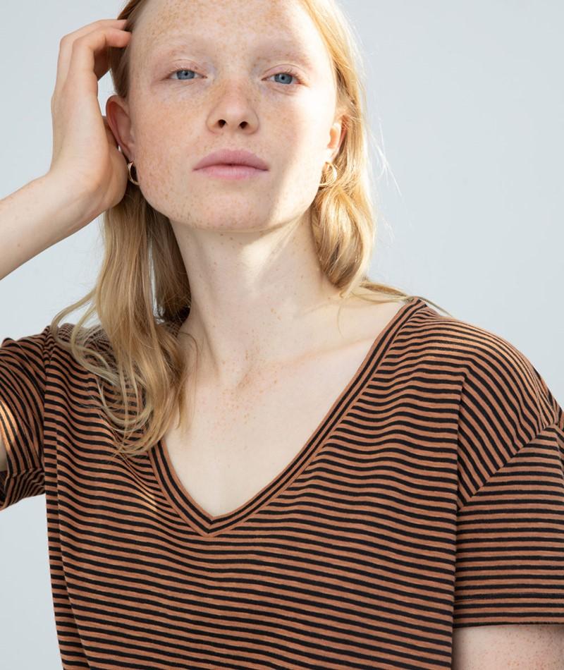 KAUF DICH GLUCKLICH Lia T-Shirt braun