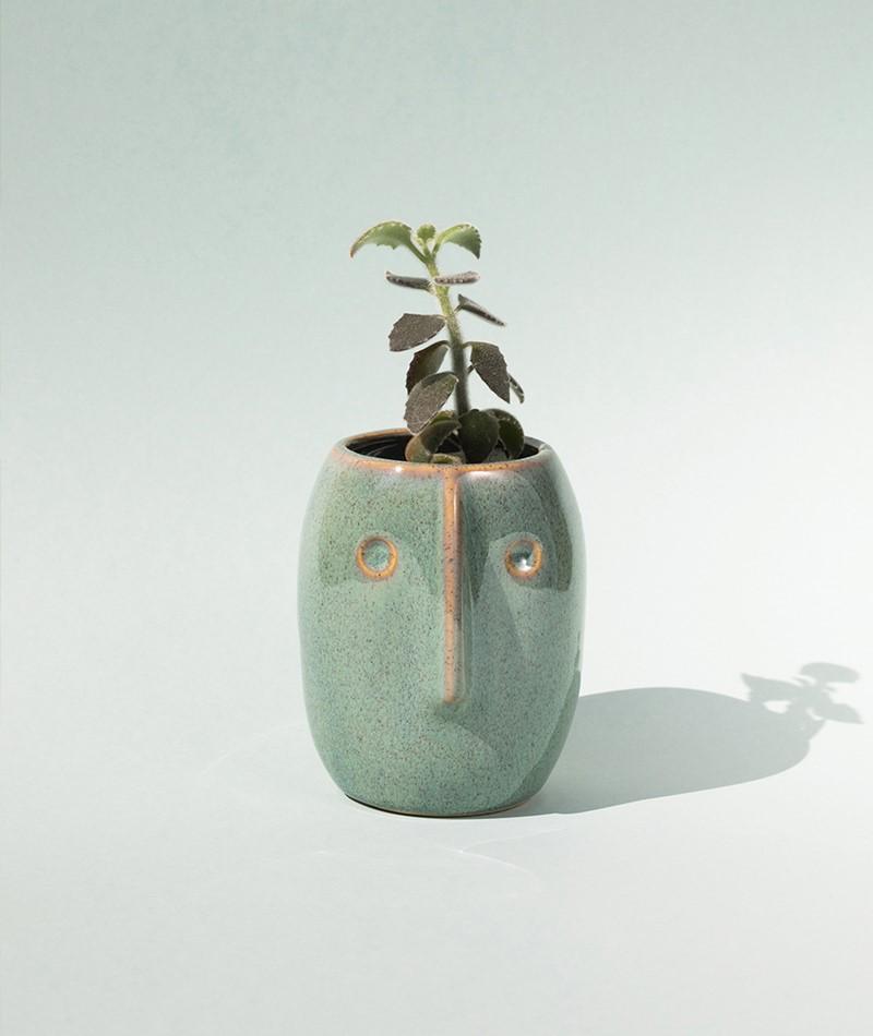 MADAM STOLTZ Flower pot w/face green