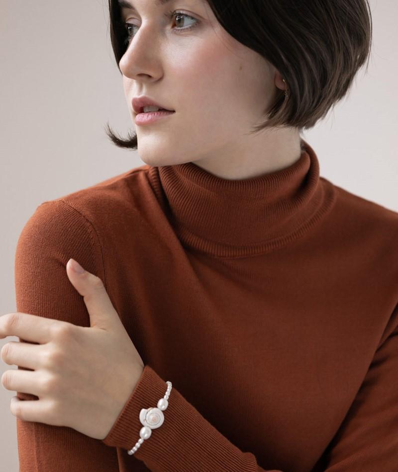 SEEFELDT Rice Pearls Shell Armband