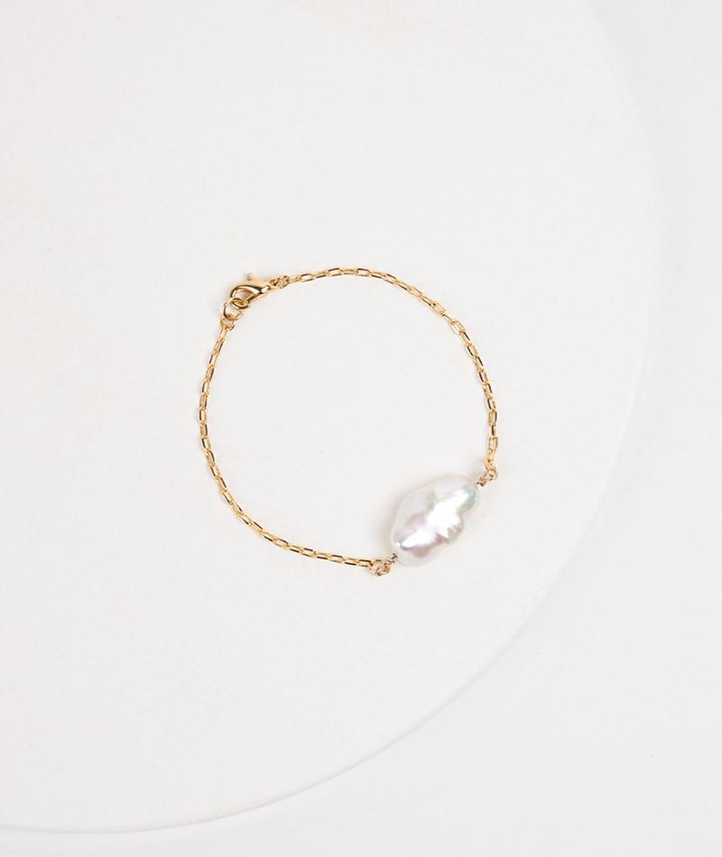 SEEFELDT Distorted Pearl Armband gold