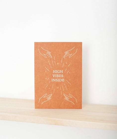 ANNA COSMA Postkarte High vibes inside
