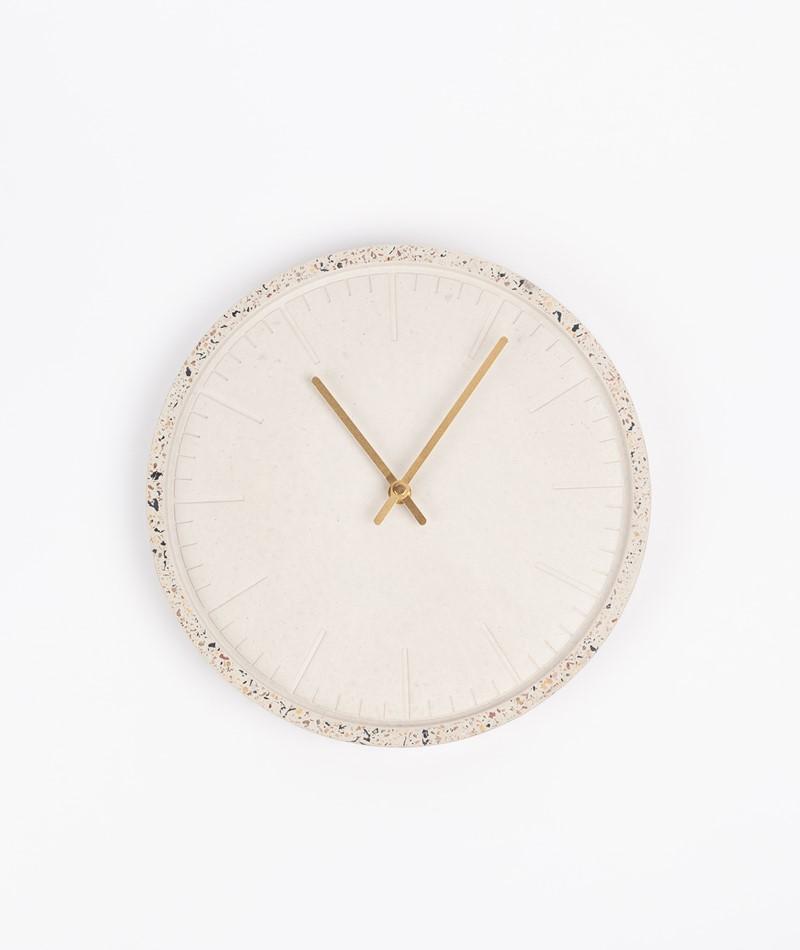 HÜBSCH Uhr beton