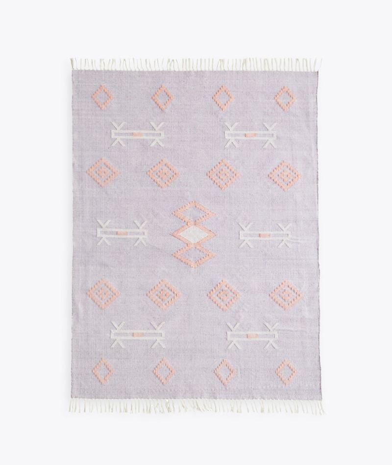 MADAM STOLTZ Handgewebter Teppich lila
