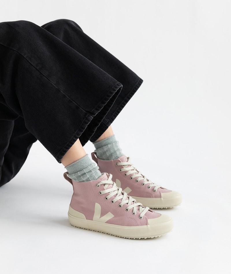 VEJA Nova HT Sneaker rosa