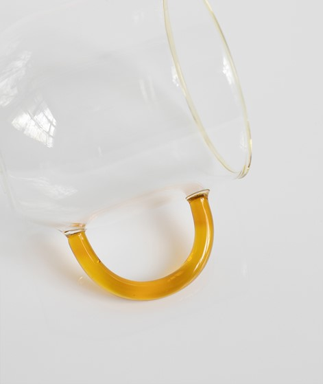 HÜBSCH Glas mit Henkel bernstein