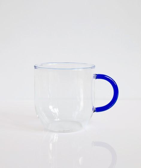 HÜBSCH Glas mit Henkel blau