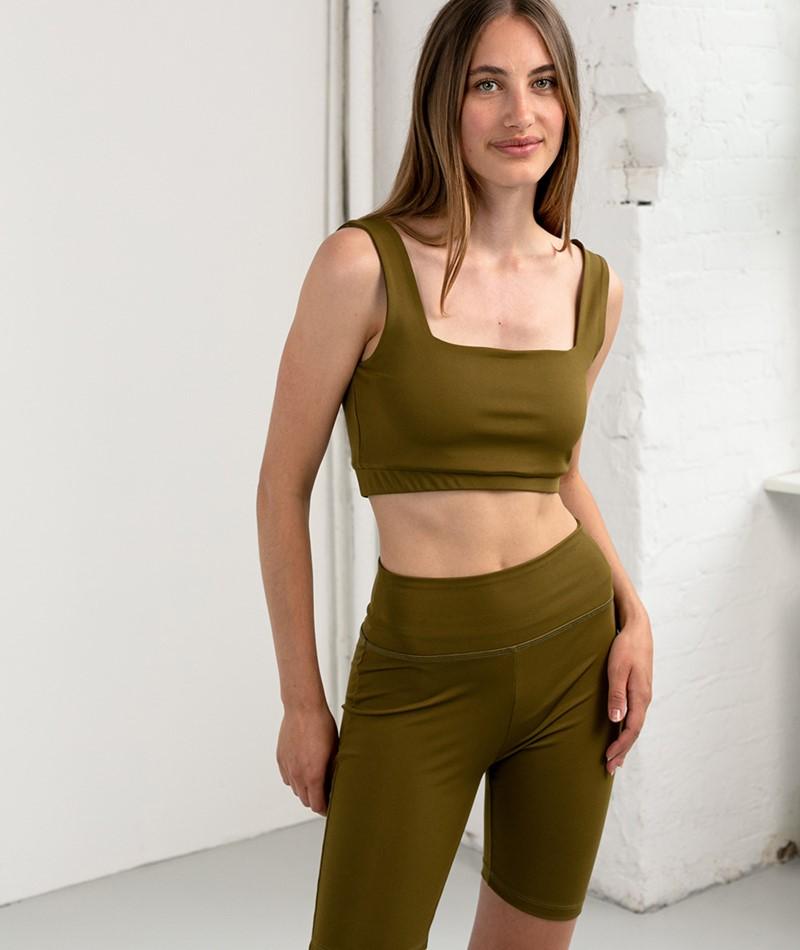 KAUF DICH GLÜCKLICH YOGA Shorts olive
